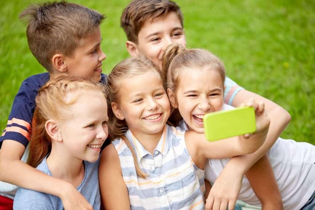 Kids taking a selfie - Children's Dentistry of Lincoln